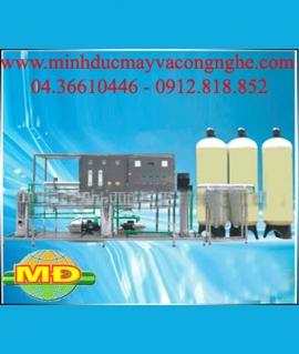 Dây chuyền lọc nước tinh khiết RO 2000 l /h 06 màng
